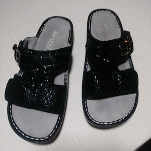 Sz 39 Algeria Black Leather Sandals